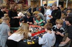 BEZOEKERS BIJ LEGO-WERELDmarkt 2017 Royalty-vrije Stock Afbeeldingen
