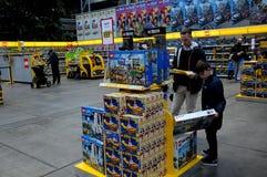 BEZOEKERS BIJ LEGO-WERELDmarkt 2017 Royalty-vrije Stock Afbeelding