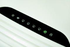 Bezprzewodowy router prowadzący wskaźnika znak obraz stock