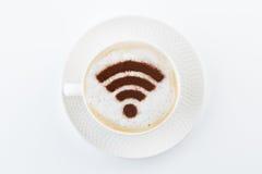 Bezprzewodowy wifi punktu zapalnego znak na kawie Zdjęcia Royalty Free