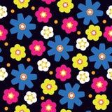 Bezszwowa ilustracja z jaskrawymi kwiatami, kwiatu wzór Zdjęcia Stock