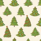 Bezszwowy świąteczny wzór z pociągany ręcznie choinkami jodły Niekończący się tradycyjna tekstura dla bożych narodzeń projekty, t royalty ilustracja