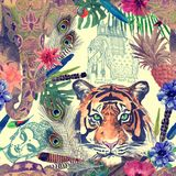 Bezszwowy akwarela wzór z tygrys głową, słoń Fotografia Stock