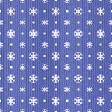 Bezszwowy boże narodzenie wzór z błękitnymi płatkami śniegu kropkuje i lampasy Obraz Stock