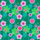 Bezszwowy kwiecisty wzór różowi kwiaty na jaskrawym - zielony tło, lata tło ilustracji