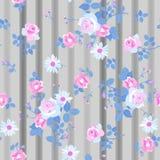Bezszwowy kwiecisty wzór z romantycznymi wiązkami różani i stokrotka kwiaty na pasiastym popielatym tle Druk dla tkaniny ilustracji