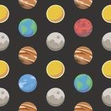 Bezszwowy przestrzeń wzór z różnym kolorowym kreskówka stylem planetuje wliczając ziemi, mąci, Jupiter i słońce na czarnym BG ilustracji