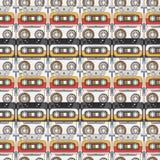 Bezszwowy tło wzoru modnisia styl z audiocassette muzyka dźwięk retro Magnesowa taśma Analog multimedie Obrazy Royalty Free