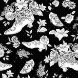 Bezszwowy tło z kwiatami i butami Zdjęcia Royalty Free