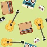 Bezszwowy wektoru wzór z gitarami i graczami na jasnozielonym tle Obrazy Stock