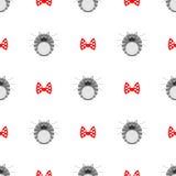 Bezszwowy wektoru wzór z zwierzętami, śliczny symetryczny tło z kotami gęsty siwieje pasiaste figlarki z czerwonymi łękami nad bi Fotografia Royalty Free