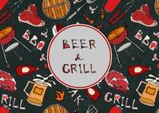 Bezszwowy wzór lata BBQ grilla przyjęcie Piwo, stek, kiełbasa, grill siatka, Tongs, rozwidlenie, ogień, ketchup Czarny Deskowy Ba Obraz Royalty Free