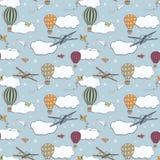 Bezszwowy wzór, ręki rysujący gorące powietrze baloons lata w niebieskim niebie Zdjęcie Stock
