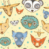 Bezszwowy wzór z ślicznymi dzikimi zwierzętami Obraz Royalty Free