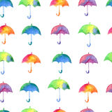 Bezszwowy wzór z świeżymi jaskrawymi akwarela parasolami Fotografia Stock