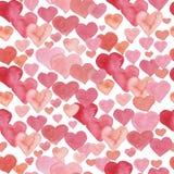 Bezszwowy wzór z czerwonymi akwareli sercami Tło romantyczny projekt ilustracji