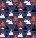 Bezszwowy wzór z górami, skały w scandinavian projektuje Dekoracyjny tło z krajobrazowymi elementami royalty ilustracja