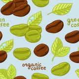 Bezszwowy wzór z organicznie kawowymi fasolami Zdjęcia Royalty Free