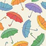 Bezszwowy wzór z parasolami. ilustracji