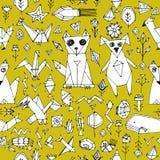 Bezszwowy wzór z Psich kota lisa ryba ptaków dennymi zwierzętami i roślinami, Czarny kontur na musztardy żółtym tle, doodle dekor Obraz Stock