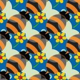Bezszwowy wzór z pszczołami w błękitnym tle Obrazy Stock