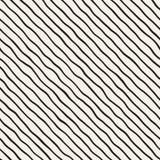 Bezszwowy wzór z ręki rysować fala Abstrakcjonistyczny tło z falistymi szczotkarskimi uderzeniami Czarny i biały freehand linie Zdjęcia Stock