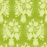 Bezszwowy wzór z stylizuje sylwetki tulipany w garnku Iść Zdjęcia Royalty Free