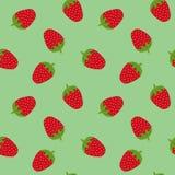 Bezszwowy wzór z truskawkami na zielonym tle Zdjęcia Royalty Free