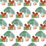 bezszwowy wzoru Bożenarodzeniowe dekoracje i pudełka z prezenta świątecznym tłem z gałąź świerczyna fotografia stock