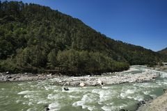Bhagirathirivier in Gangotri, Uttarkashi-District, Uttarakhand, Royalty-vrije Stock Afbeeldingen