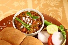 Bhaji Chaat, piatto indiano del Pav del curry Fotografia Stock Libera da Diritti