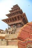 Bhaktapur, Nepal - circa im Juni 2013: Ansicht von Durbar-Quadrat lizenzfreies stockbild