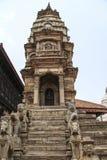 Bhaktapur Nepal - Circa Juni 2013: Sikt av den Durbar fyrkanten royaltyfri bild