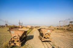 BHAKTAPUR, NEPAL - lokale Ziegelstein-Fabrik vor Ort Stockfotografie