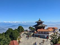 Bhaleshwor Mahadev świątynia w Kathmandu, Nepal i himalajach w tle, zdjęcia royalty free