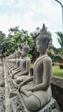 Bhuda-sclupture, das für sitzt, beten Stockfotos
