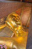 Bhudda de descanso Wat Pho en Bangkok Imagen de archivo libre de regalías