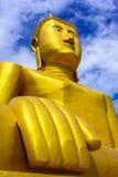 Bhuddha de oro grande foto de archivo