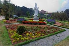 bhudist从事园艺保罗圣地寺庙zulai 图库摄影