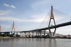 Bhumibol桥梁工业圆环桥梁或兆桥梁 库存图片