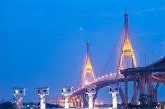 Bhumibol桥梁,工业圆环桥梁 库存照片