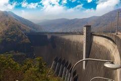 000 13 462 bhumibol能力立方体水坝有米砰河位于的泰国 库存图片