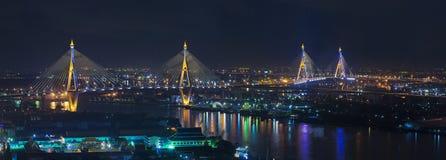 Bhumibol-Brücke Lizenzfreie Stockfotos