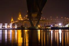 Bhumibol-Brücken lizenzfreies stockfoto