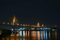 Bhumibol bro, Bangkok, Thailand Arkivbilder