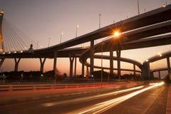 Bhumibol bro den industriella cirkelbron eller mega bro Arkivfoton