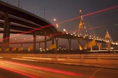 Bhumibol bro den industriella cirkelbron eller mega bro Arkivbilder
