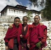 Bhután - monjes budistas Foto de archivo libre de regalías