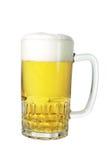 Bière dans la tasse Photo stock