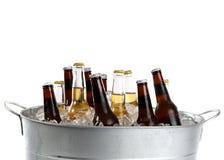 Bière dans une position Image libre de droits